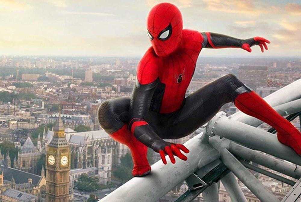Sony ve Universal tüm filmlerini erteledi - 22