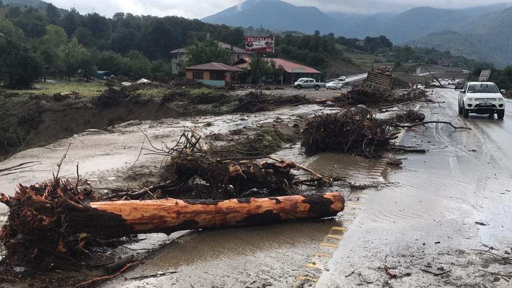 Batı Karadeniz'i sel vurdu: 13 yaşındaki kız çocuğu selde kayboldu - 6