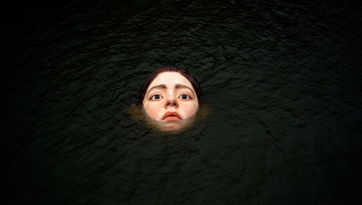 Ruben Orozco'nun eseri bir anda nehirde ortaya çıktı