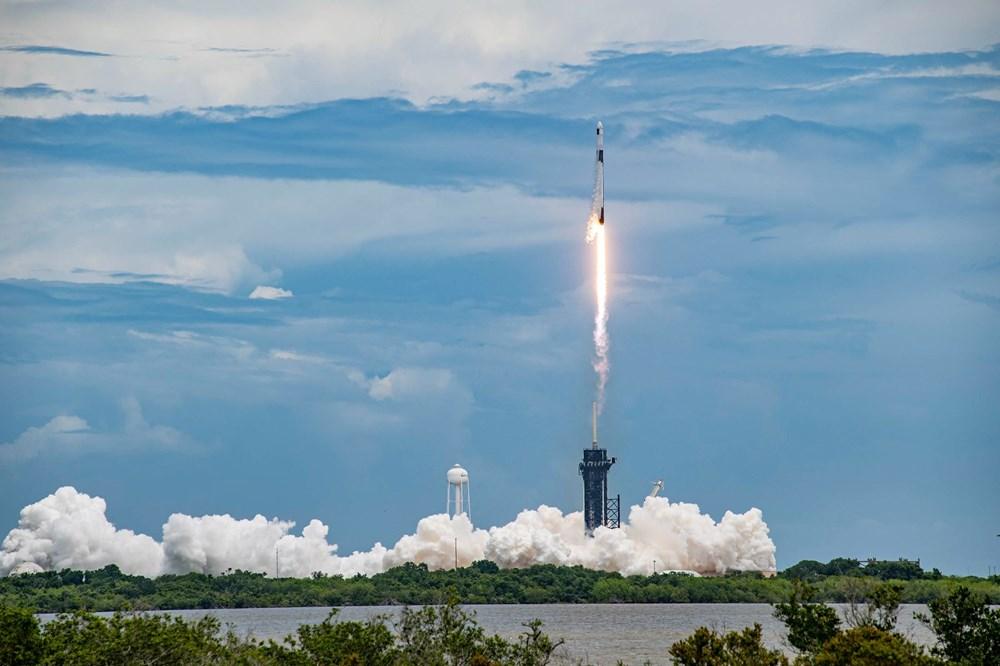 NASA'nın kargo gemisi istasyona kenetlendi - 7
