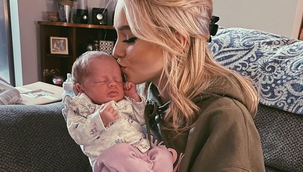 Kızının fotoğrafını satan fenomen Zoe Laverne özür diledi