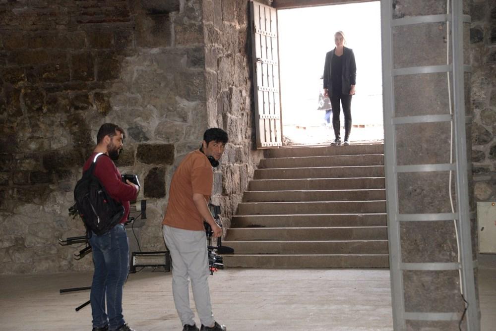 Diyarbakır'ın tarihi mekanları dizi çekimleri için doğal plato oldu - 4