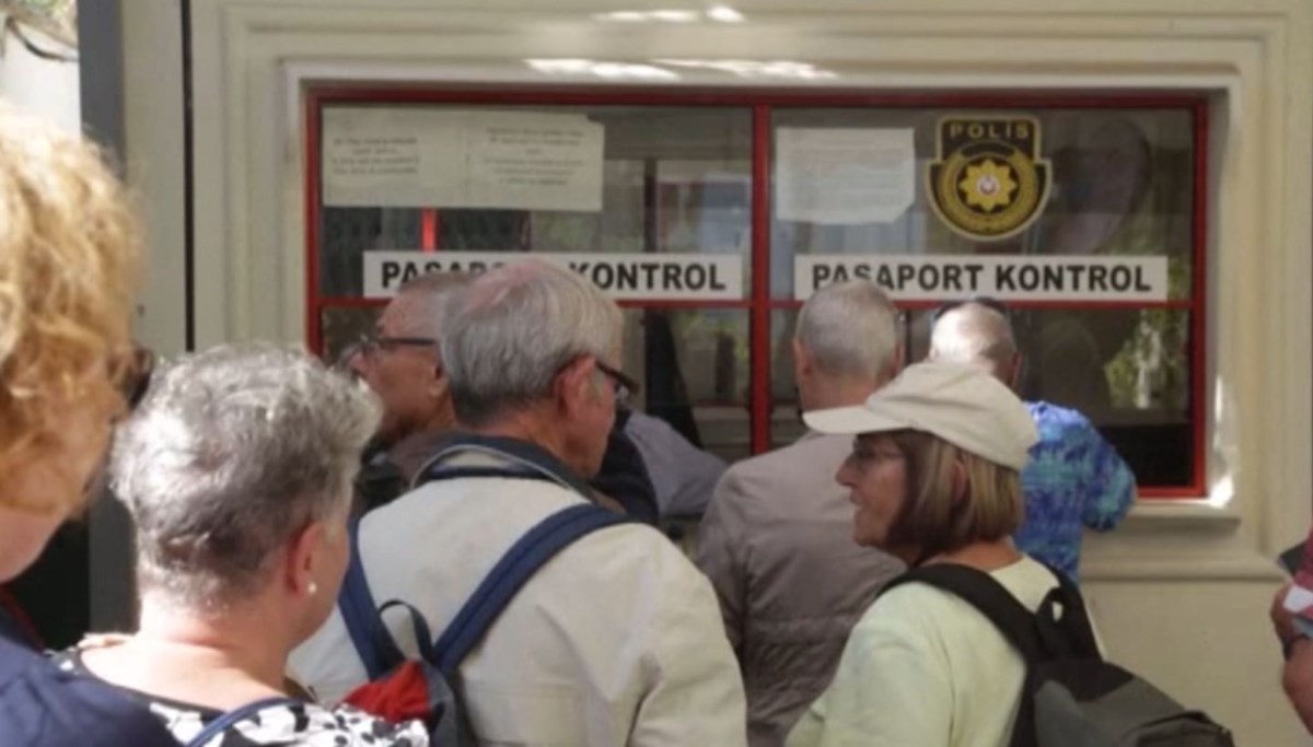 'Golden passport' scandal in the Greek Republic