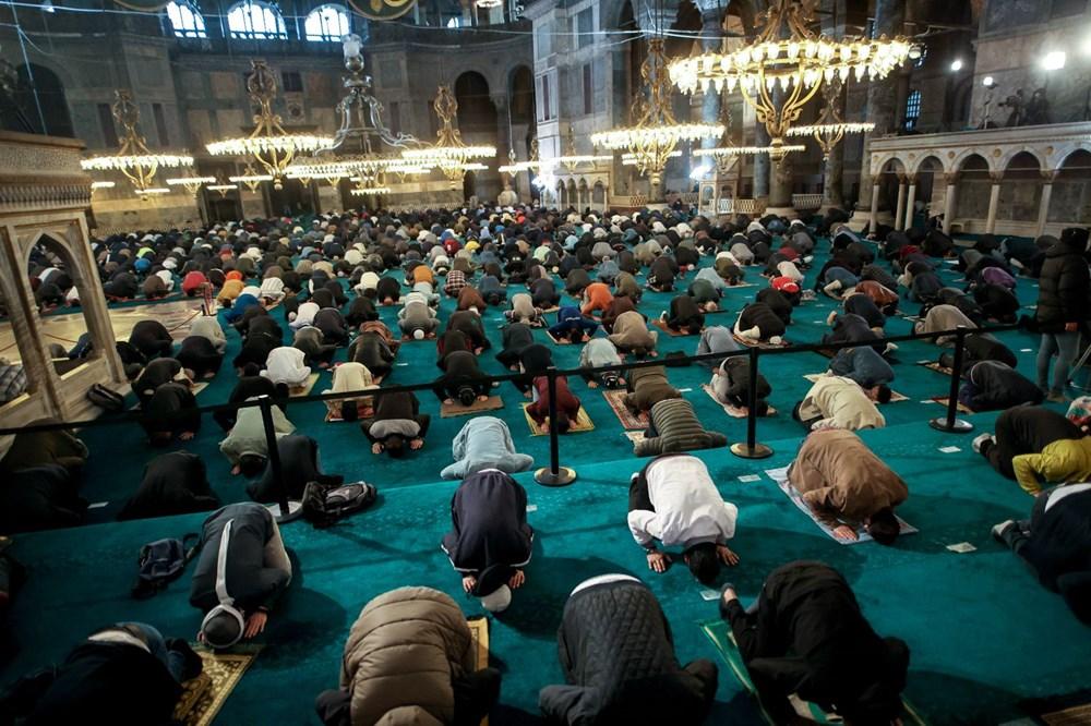 Ayasofya'da 87 yıl sonra ilk Ramazan Bayramı namazı kılındı - 17