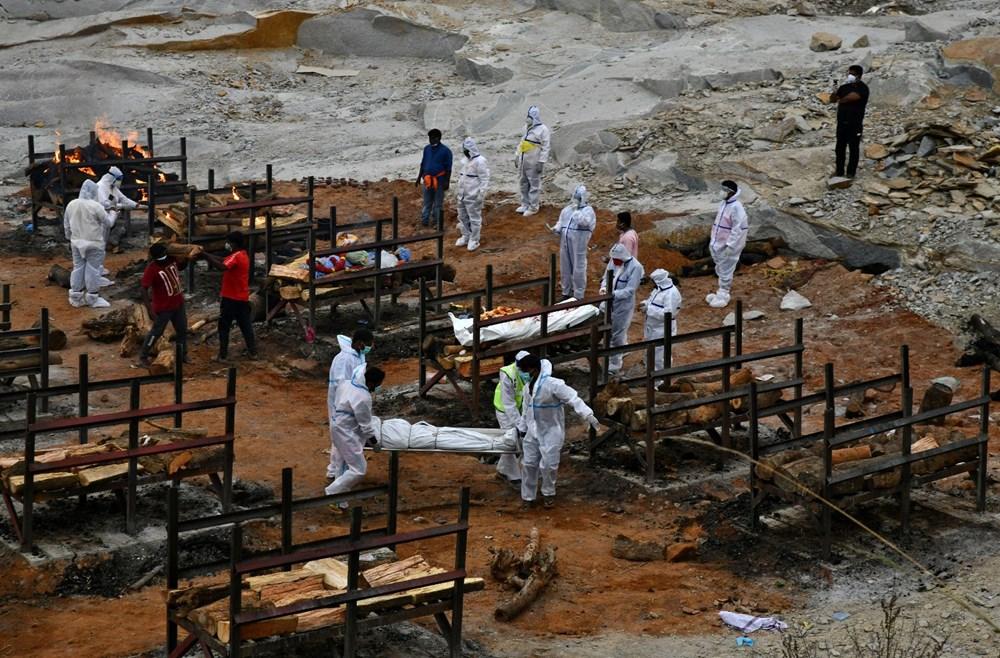 Hindistan'da Covid-19 vakalarının sayısı 20 milyona ulaştı: Halk, cenazelerini karton tabutlarla taşıyor - 2