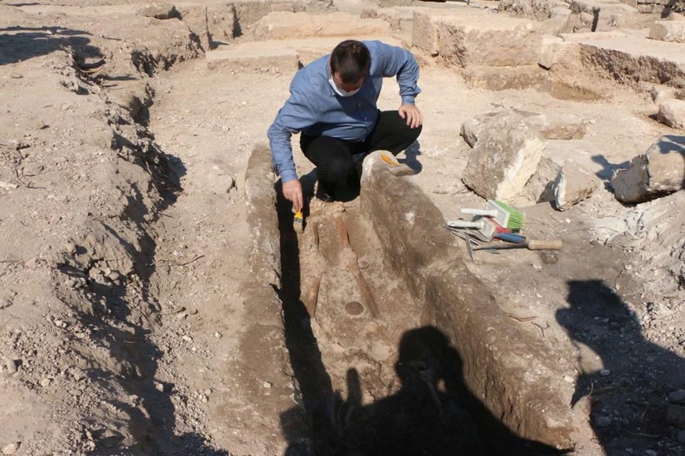 Perre Antik Kenti'nde bin yıllık iskelet bulundu - 1