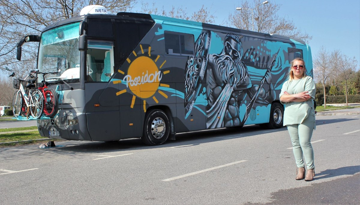 a first in Turkey!  Woman tourist designed a bus caravan