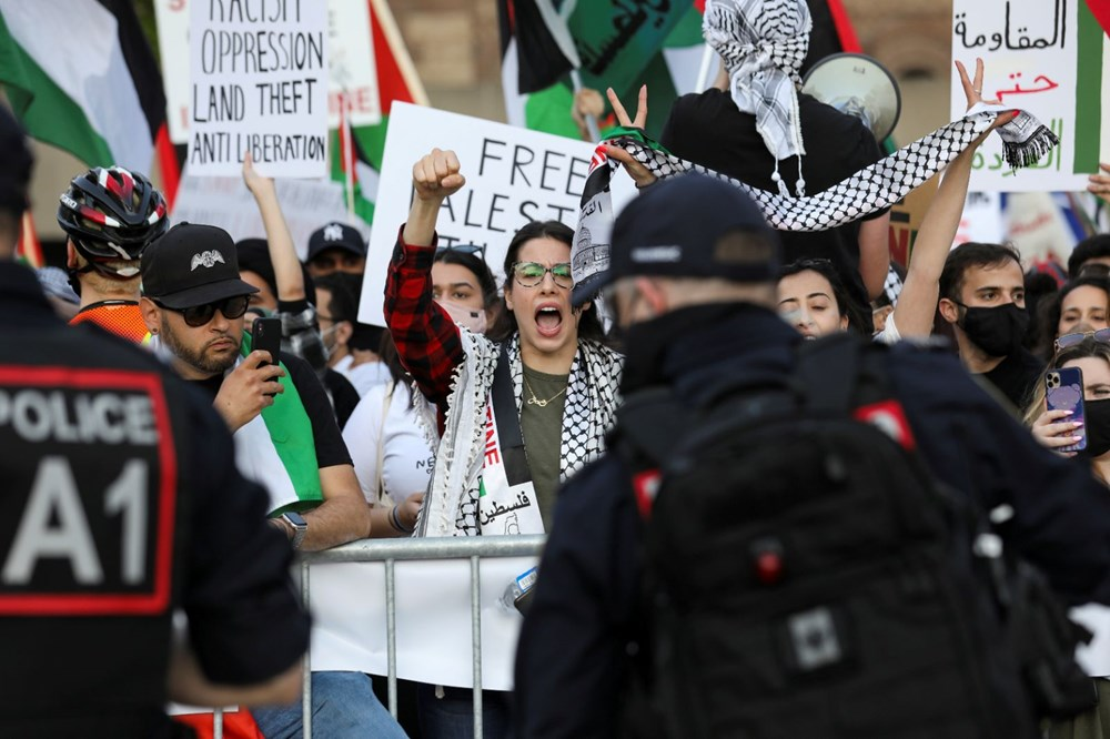 Israel's attacks on Palestinians were protested in Canada - 12