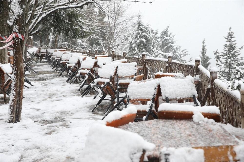 İstanbul'da kar yağışı devam ediyor - 27