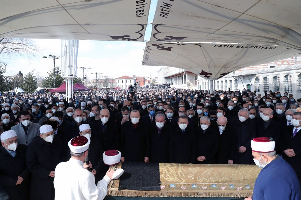 Hadis alimi Muhammed Emin Saraç son yolculuğuna uğurlandı - 1