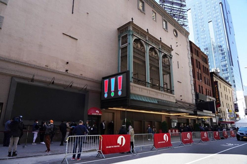 Broadway tiyatrosu bir yıl sonra yeniden açıldı - 2