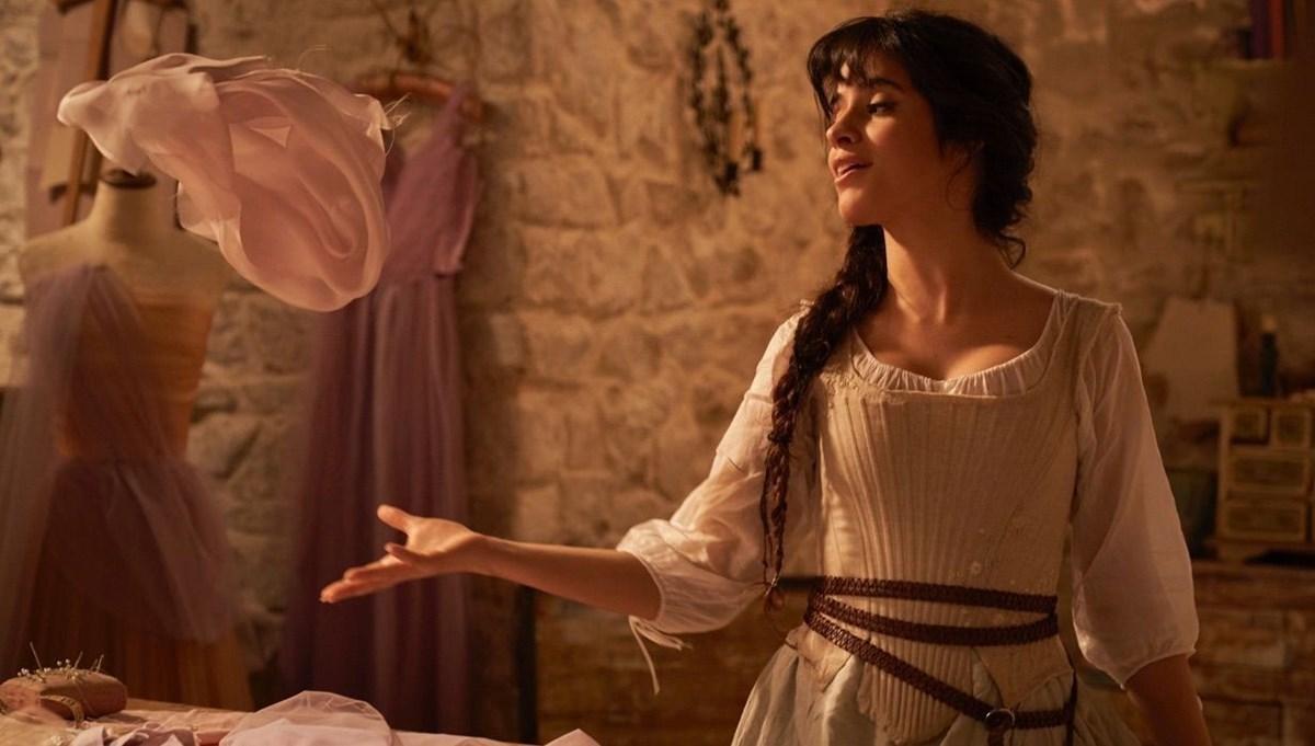 Camila Cabello'lu Cinderella'dan ilk fragman