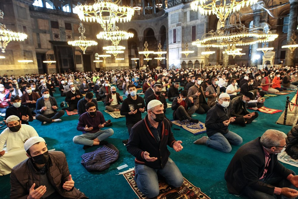 Ayasofya'da 87 yıl sonra ilk Ramazan Bayramı namazı kılındı - 5