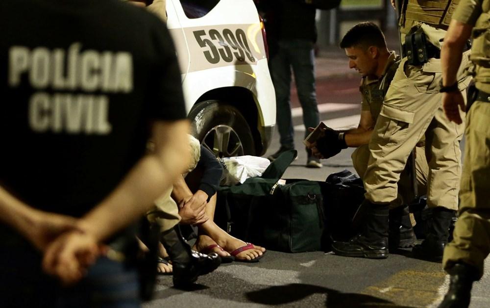 Brezilya'da savaş gibi banka soygunu: 30 kişi geldiler - 13