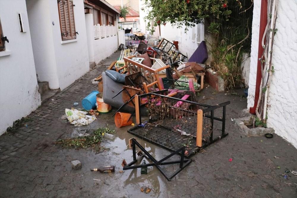 Tsunaminin vurduğu Seferihisar görüntülendi - 13
