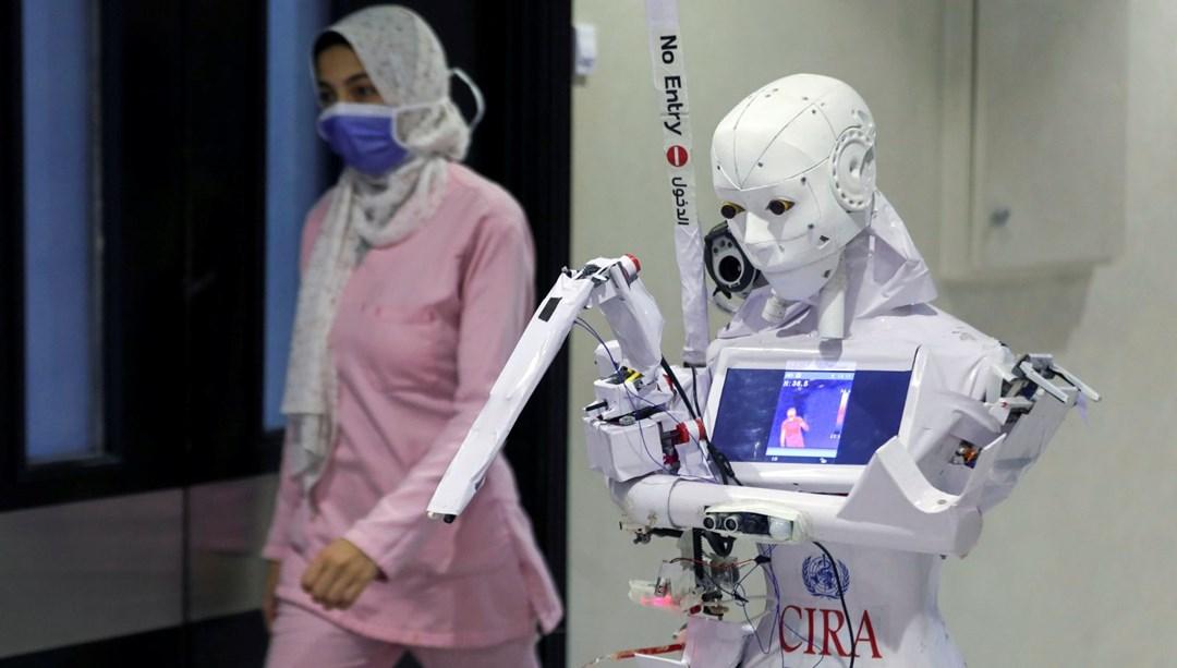 Mısır'da Covid-19'a karşı robotla mücadele