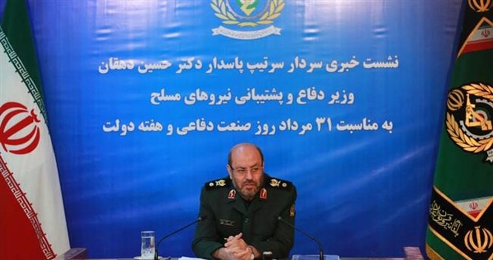 İran Savunma Bakanı Hüseyin Dehghan Moskova'da Putin'le bir görüşme gerçekleştirdi.