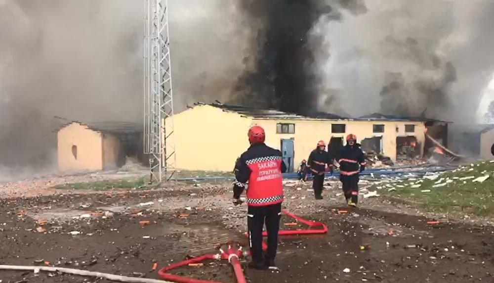 Sakarya'da havai fişek fabrikasındaki patlamadan fotoğraflar - 11