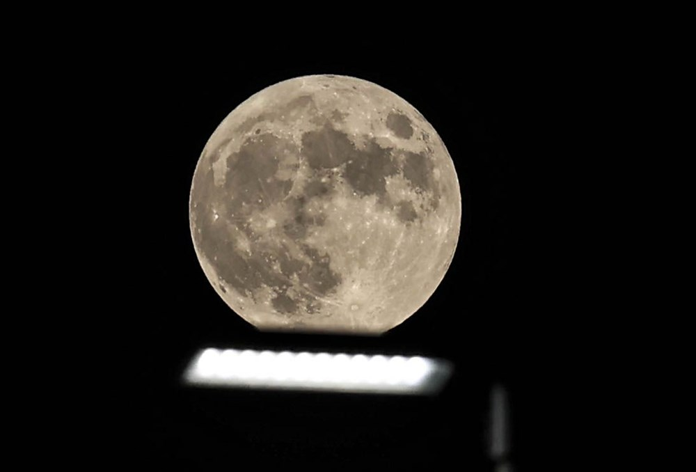 2021'in son Süper Ay'ı, Çilek Ay Tutulması gerçekleşti: Türkiye'den ve dünyadan manzaralar - 15