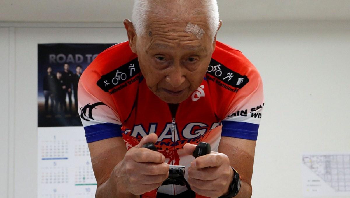 87 yaşında Ironman yarışını tamamladı