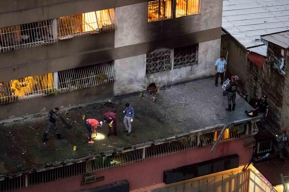 Güvenlik güçleri, saldırının ardından çevrede incelemelerde bulundu.