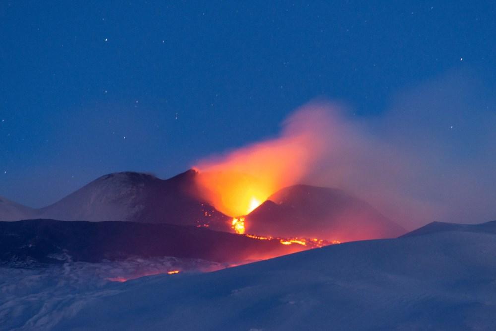 Etna Yanardağı yeniden faaliyete geçti - 2