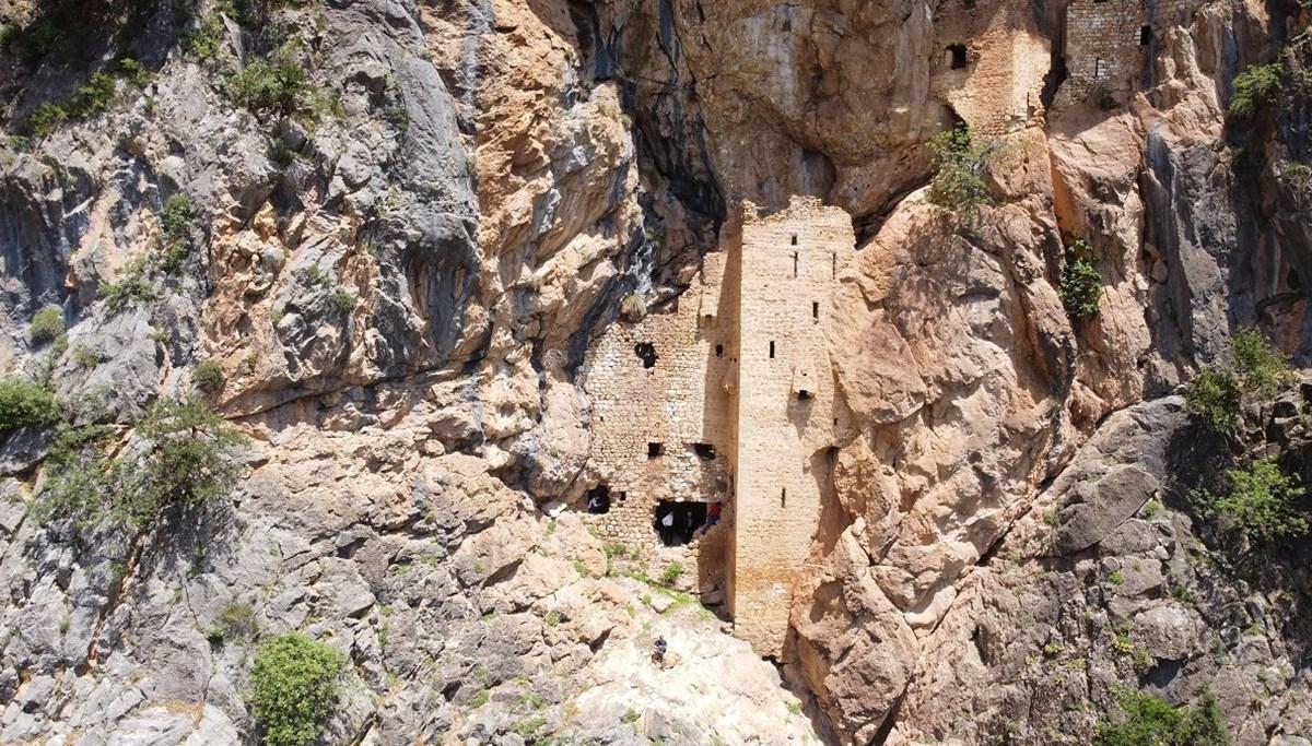 Torosların Sümelası olarak tabir edilen Sin Manastırı, keşfedilmeyi bekliyor
