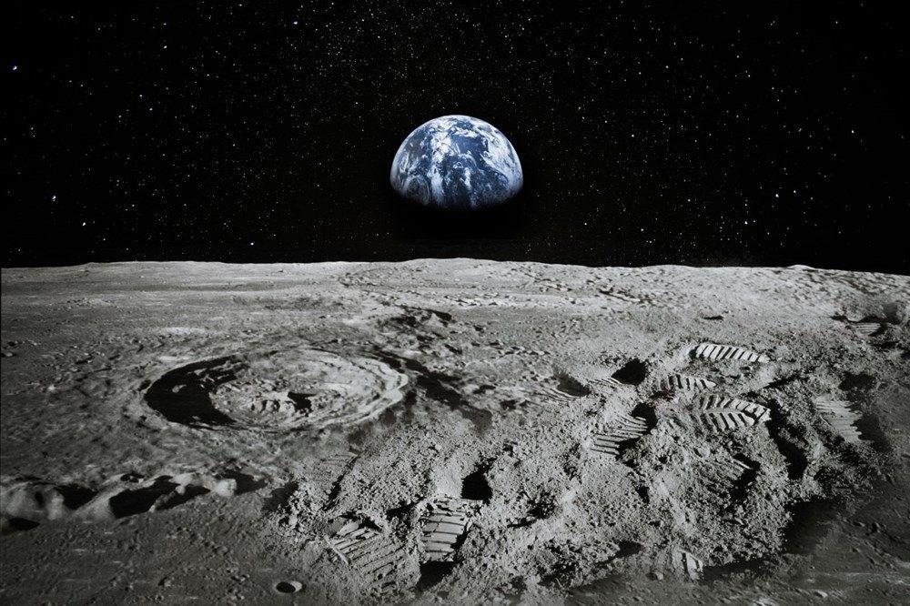 Ödüllü bilim muhabirinden ilginç iddia: Dinozorlar Ay'a NASA'dan önce ulaşmış olabilir - 2
