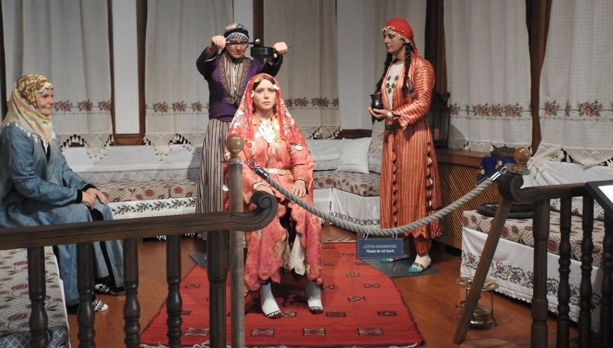 Rumeli ve Balkan düğünlerinin canlandırıldığı müze, gurbetçilerin de ilgi odağı oldu