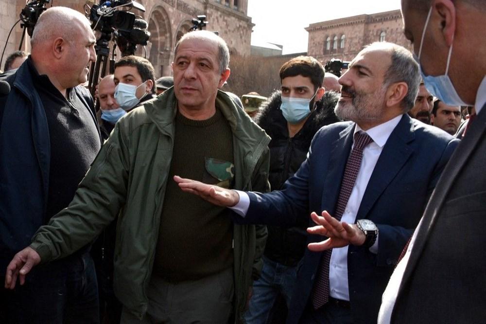 Ermenistan'da darbe girişimi: Paşinyan destekçileri ve karşıtları meydanlara çıktı - 19