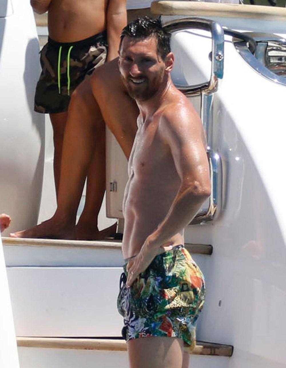Lionel Messi'nin Ibiza'daki romantik tatili - 1