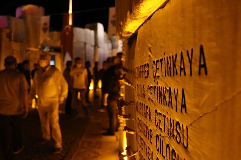 17 Ağustos depreminin 21. yılı: Hayatını kaybedenler törenle anıldı - 10