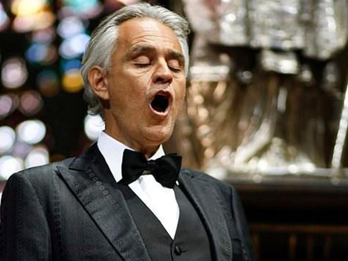 İtalyan tenorAndrea Bocelli'nin paskalya konserini 32 milyon kişi seyretti