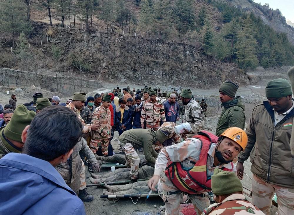 Hindistan'da nehre düşen buz kütlesi sele neden oldu: 170 kayıp, 14 ölü - 7