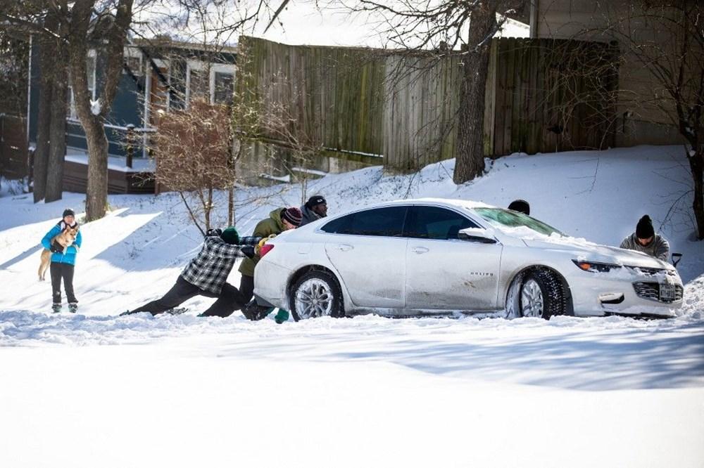 Teksas'ta kar fırtınası: En az 21 kişi hayatını kaybetti - 6