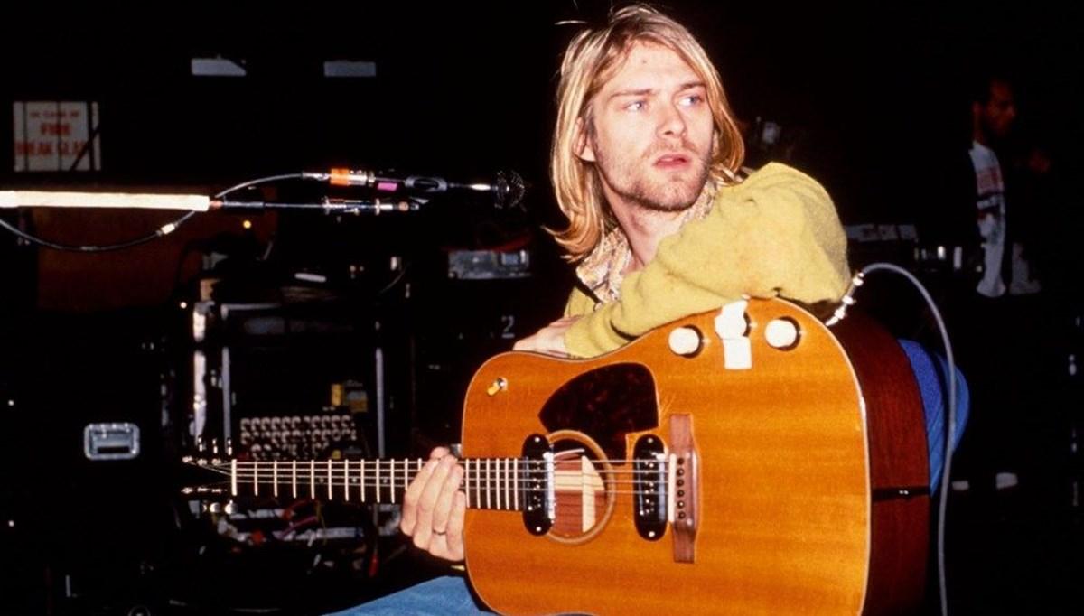 Kurt Cobain'in saç teli 14 bin dolara satıldı