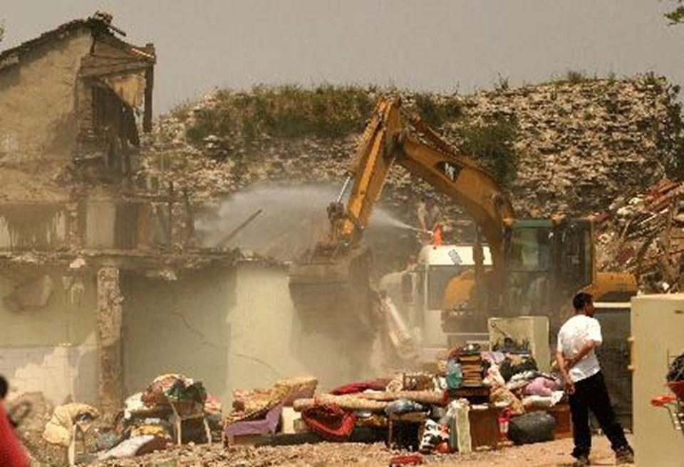 Yıkımlarla gündeme gelen Sulukule'deki kentsel dönüşüm projesi raporda eleştiriliyor.