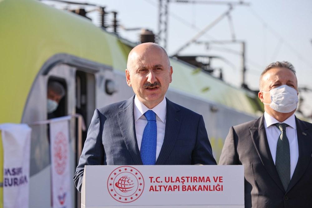 Türkiye'den Çin'e gidecek ilk ihracat treni İstanbul'dan uğurlandı - 1