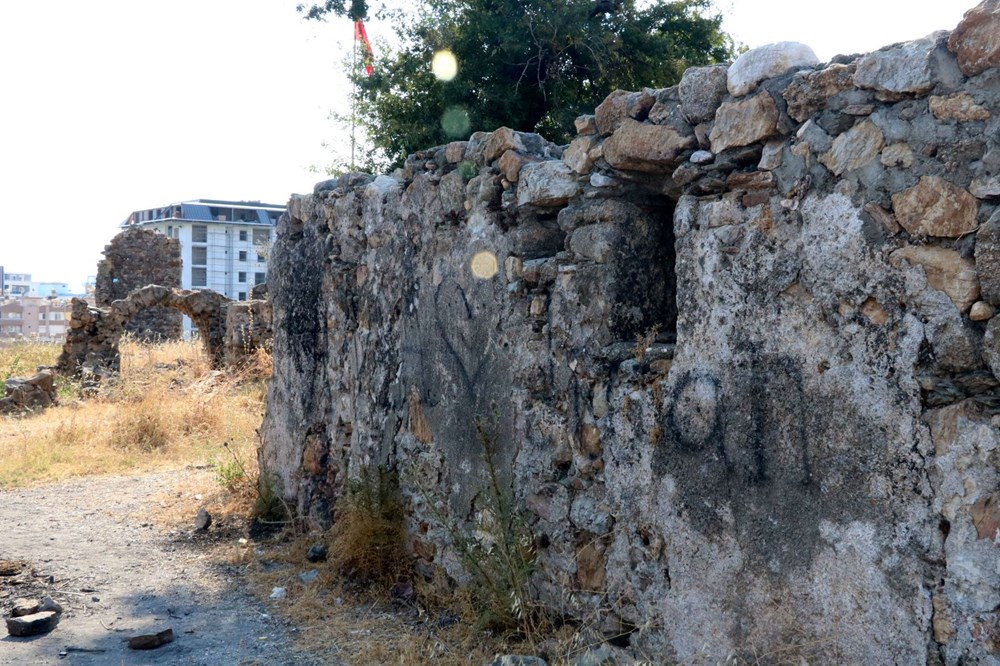 Naula Antik Kenti'nde tahribat - 4'nde tahribat - 4