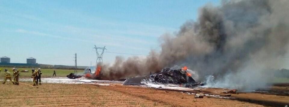 """""""Yazılım hatası"""" 3 motorun kilitlenmesine neden oldu. Pilotlar havaalanına geri dönmek istemesine rağmen uçağı kontrol etmeyi başaramadılar."""