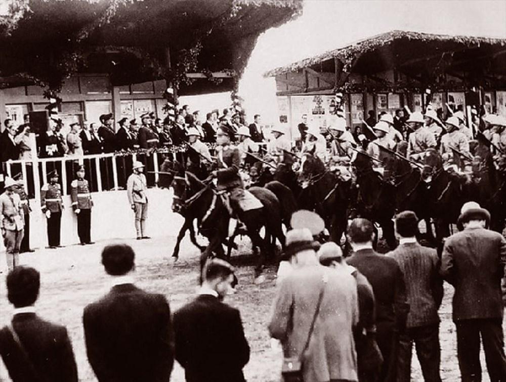 Türkiye Cumhuriyeti 97 yaşında (29 Ekim Cumhuriyet Bayramı) - 1