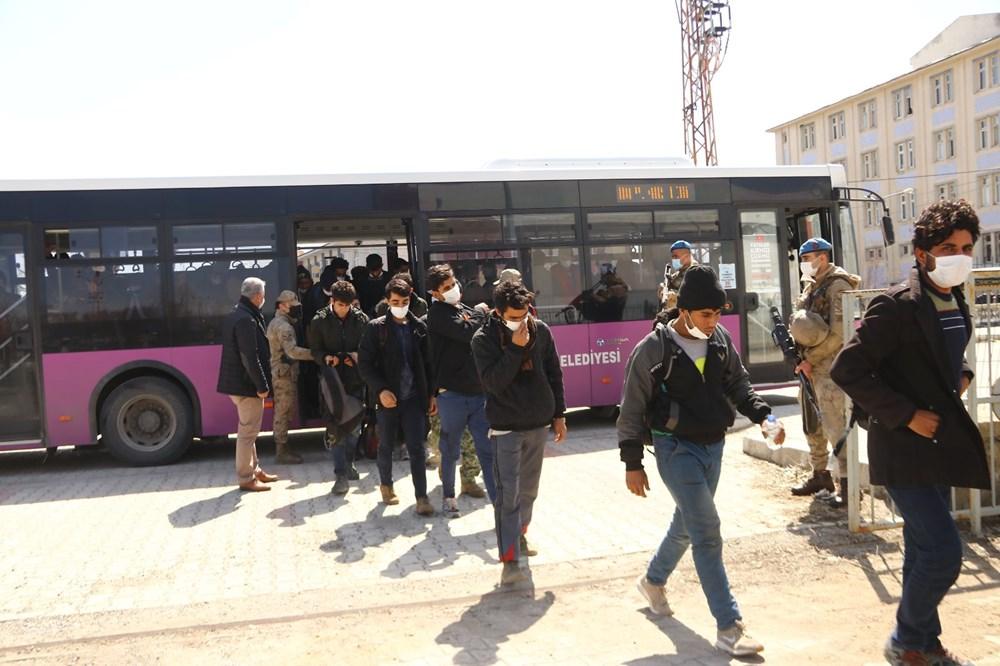 TIR dorsesinden 218 kaçak çıktı - 4
