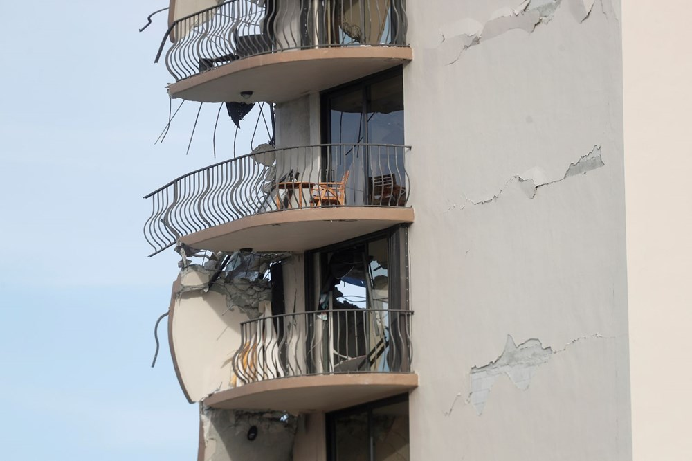 Building collapsed in the USA: Loss of life increased to 4, 159 people are missing - 8