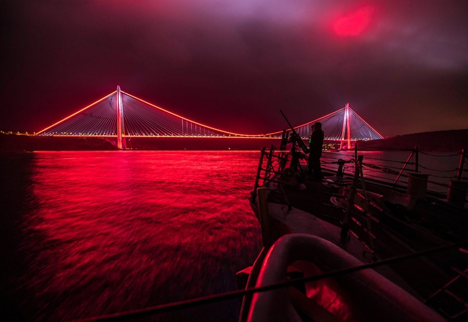 ABD Deniz Kuvvetleri'nin Avrupa Gücü, Twitter hesabından Yavuz Sultan Selim Köprüsü'nün fotoğrafını paylaştı.