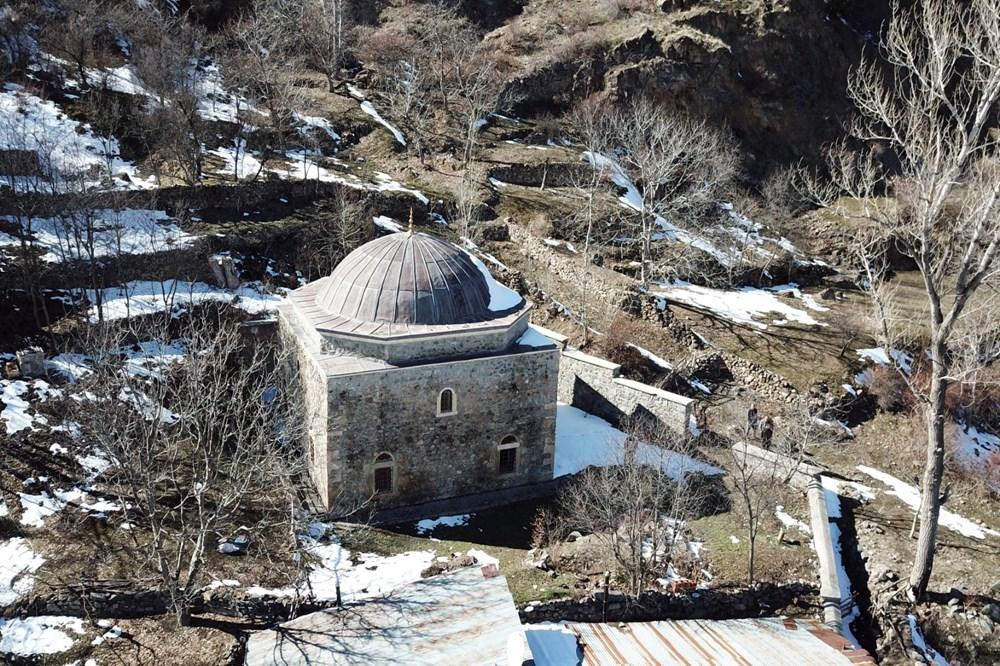 Gümüşhane'deki 800 yıllık ecdat yadigarı camiye eksik restorasyon iddiası - 8