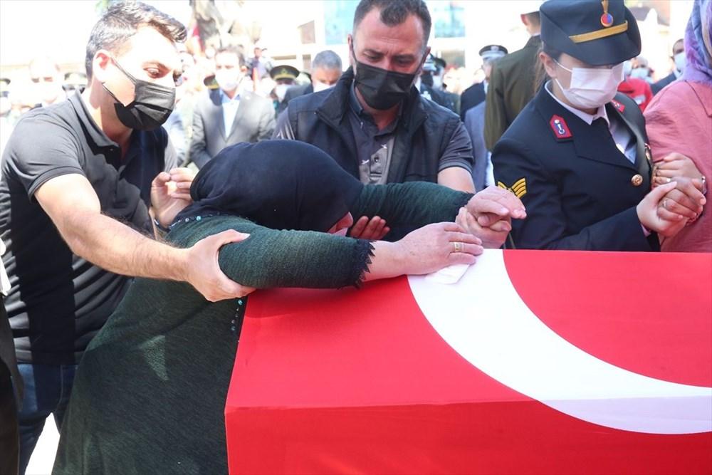 Martir Muammer Yiğit mengucapkan selamat tinggal pada perjalanan terakhirnya di Tokat - 7