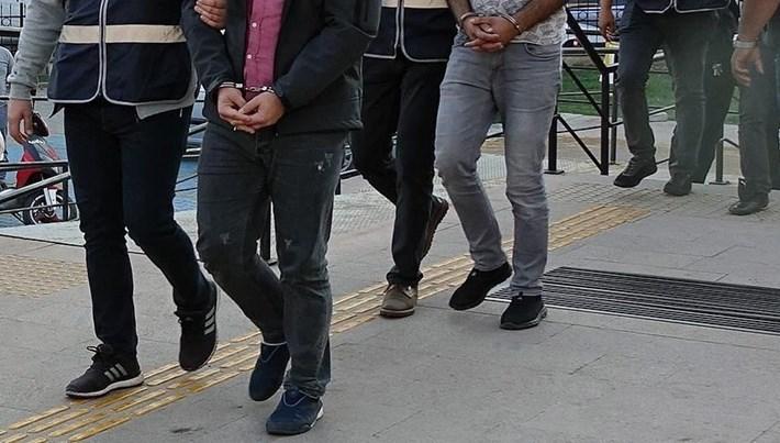 İstanbul'da FETÖ'nün hücre evlerine operasyon: 22 kişi yakalandı