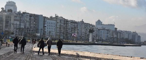 Son 10 ayda 8 binin üzerinde İranlı İzmir'den ev satın aldı