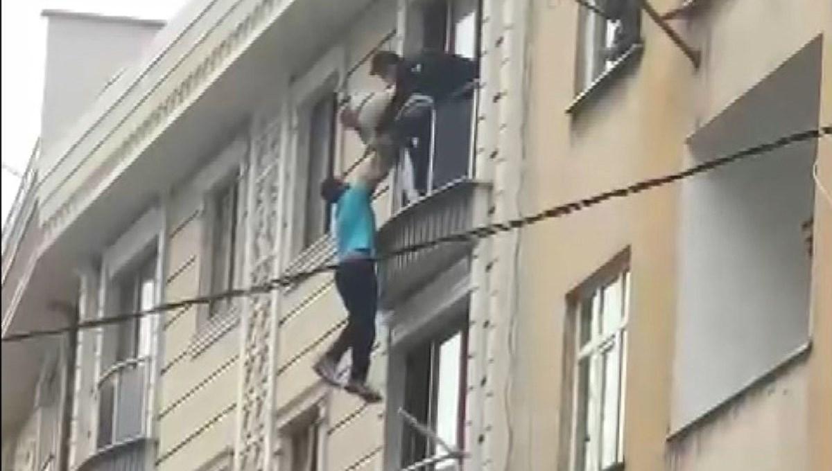 Komşuları kurtardı