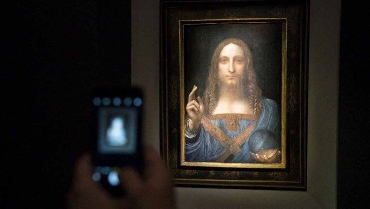 Dünyanın en pahalı tablosu olan Leonardo da Vinci'nin Salvator Mundi'si NFT olarak satışta